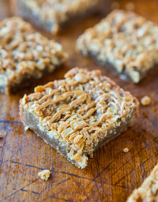 cookie butter streusel bars