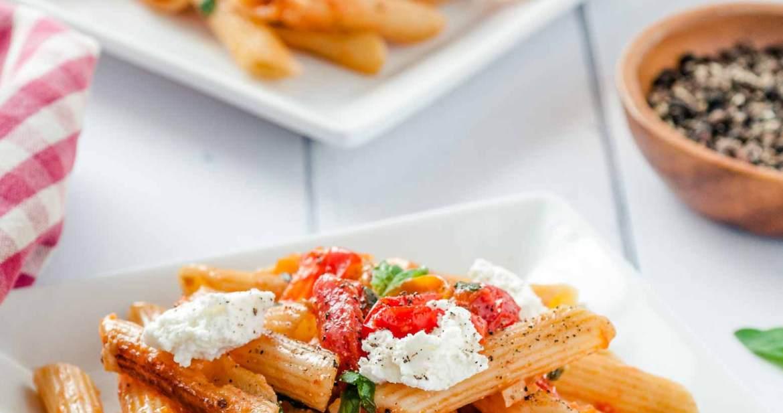 tomato basil pasta sauce on rigatoni noodles