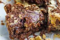 Ooey gooey bars with ginger chocolate and cream cheese