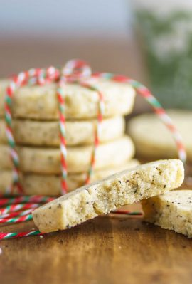 up close of spiced shortbread