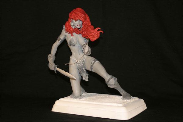 Red-Sonja-Hughes-Statue-2.jpg