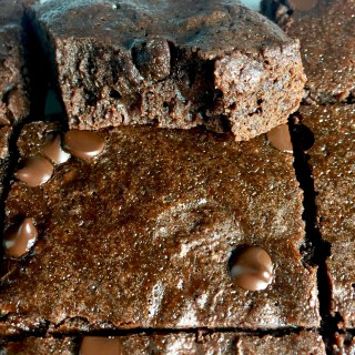 Easy Fudgy-Chewy Cocoa Brownies