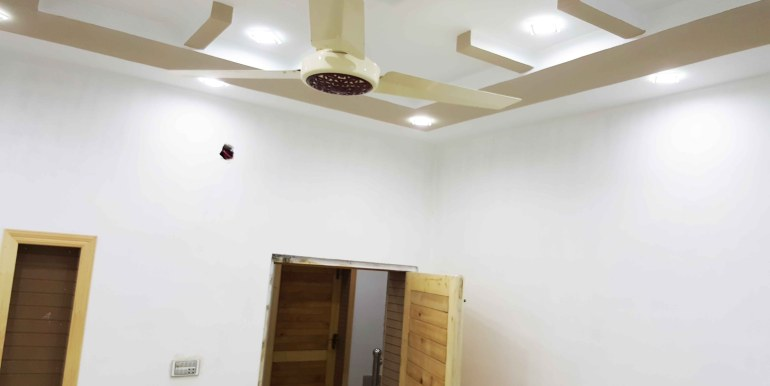 hosue for sell at airport roadd chiltan housing quetta balochistan pakistan rooms price porperty buy sell small cheap affordable 4