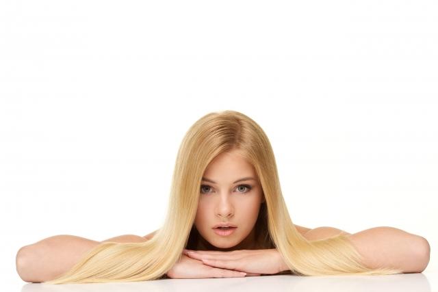 毛周期を考慮して脱毛を受ける女性
