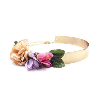 cinturon dorado con flores en colores pastel