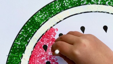 How to Paint a Watermelon with Cotton Buds