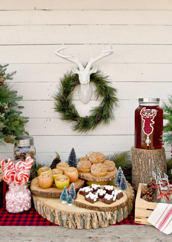 Rustic holiday party with so many great details!
