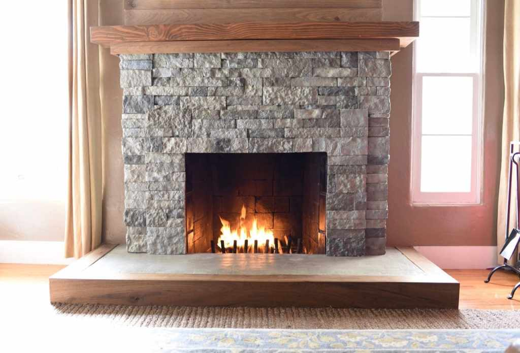 airstone fireplace makeover how to turn your old brick fireplace into a beautiful stone fireplace - Brick Fireplace
