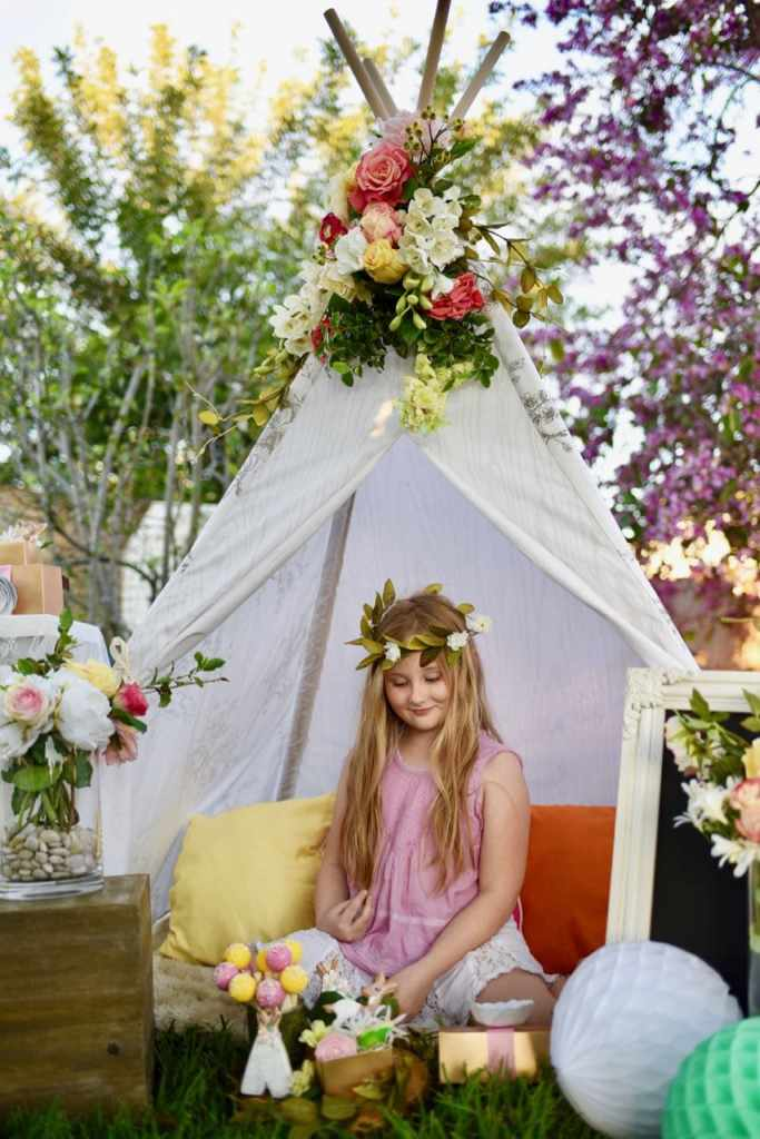 Boho Chic Party With Lots Of Amazing Details Love The Teepee Flowers