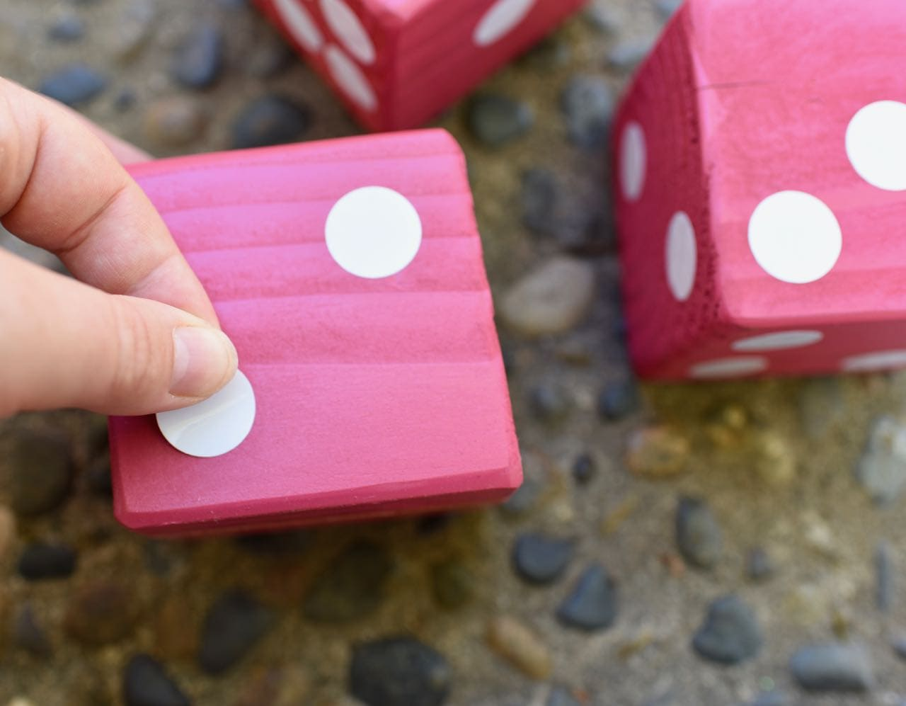 Giant Yahtzee Diy Outdoor Game For Summer Fun Make Life