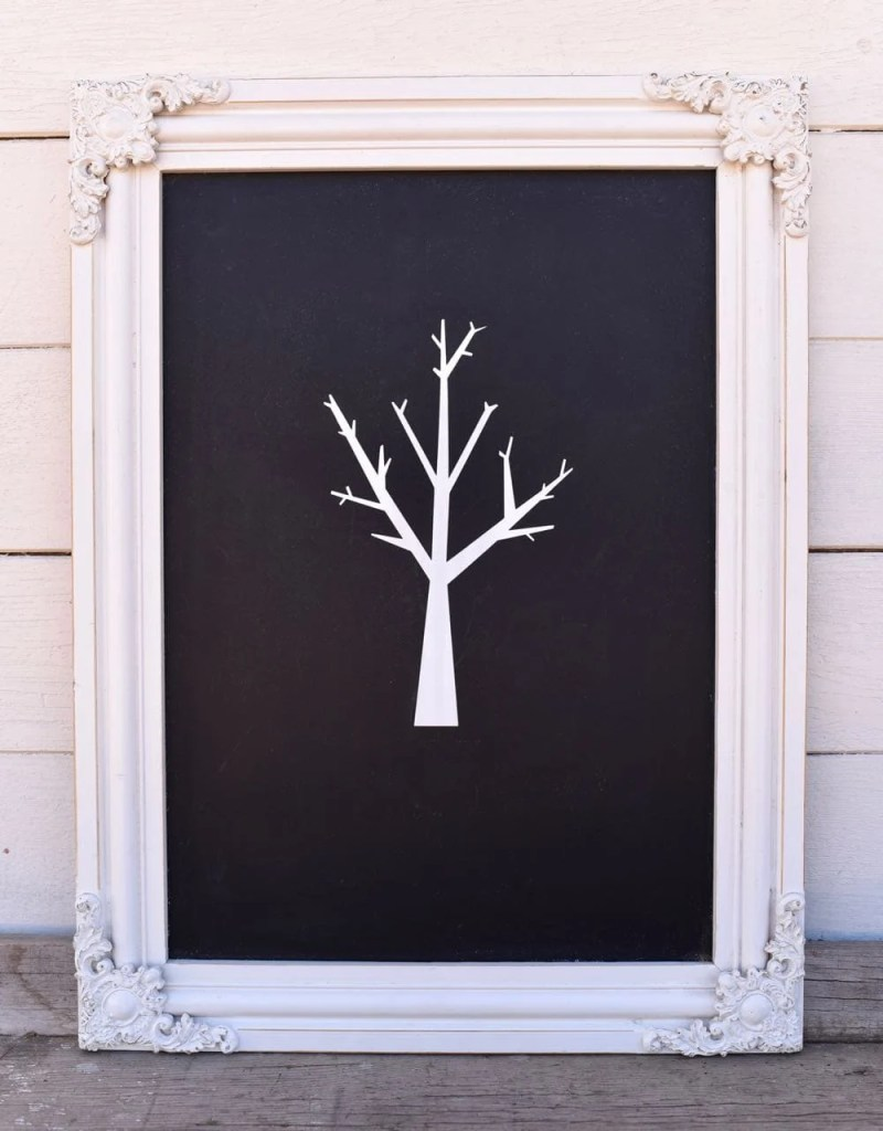 Chalkboard thankful tree craft