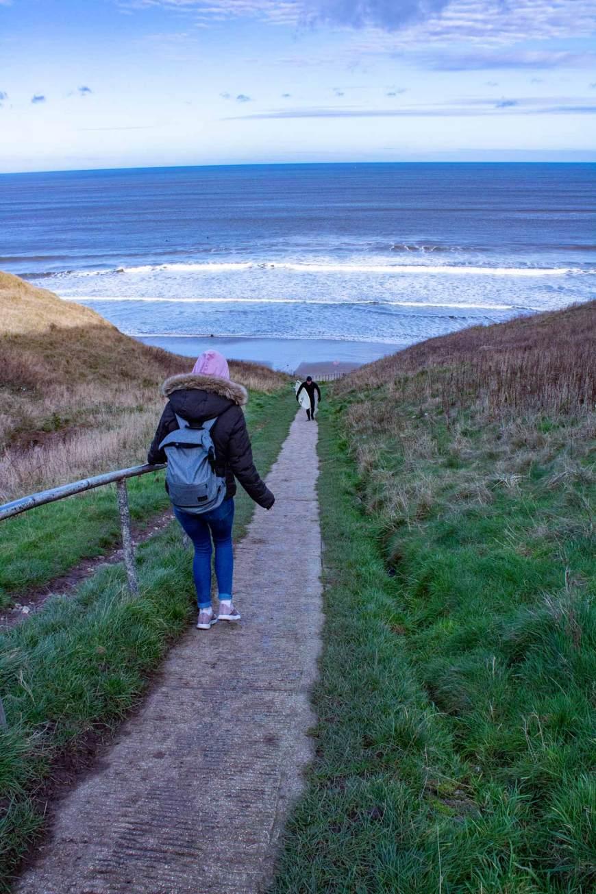 Path to Cayton Bay Beach