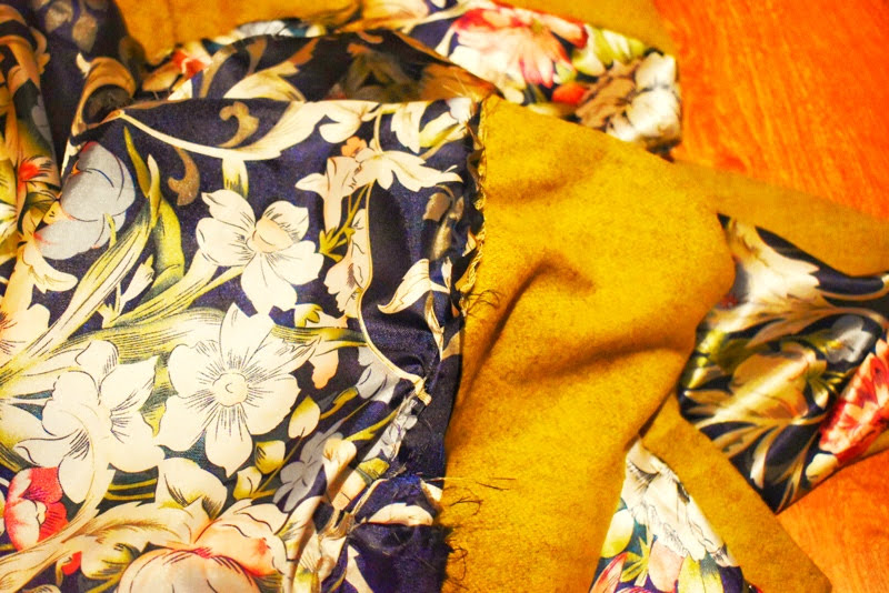 sewing sleeve lining