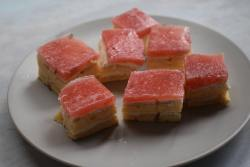strawberry and yoghurt slices