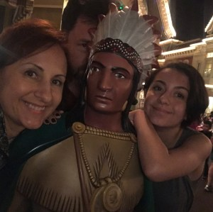 woodenindianselfie waltdisneyworld holidaymagic christmas waltdisneyworld kamarkey disneyvacationclub inknburn