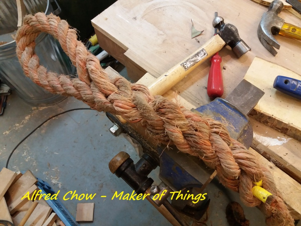 Splicing rope…