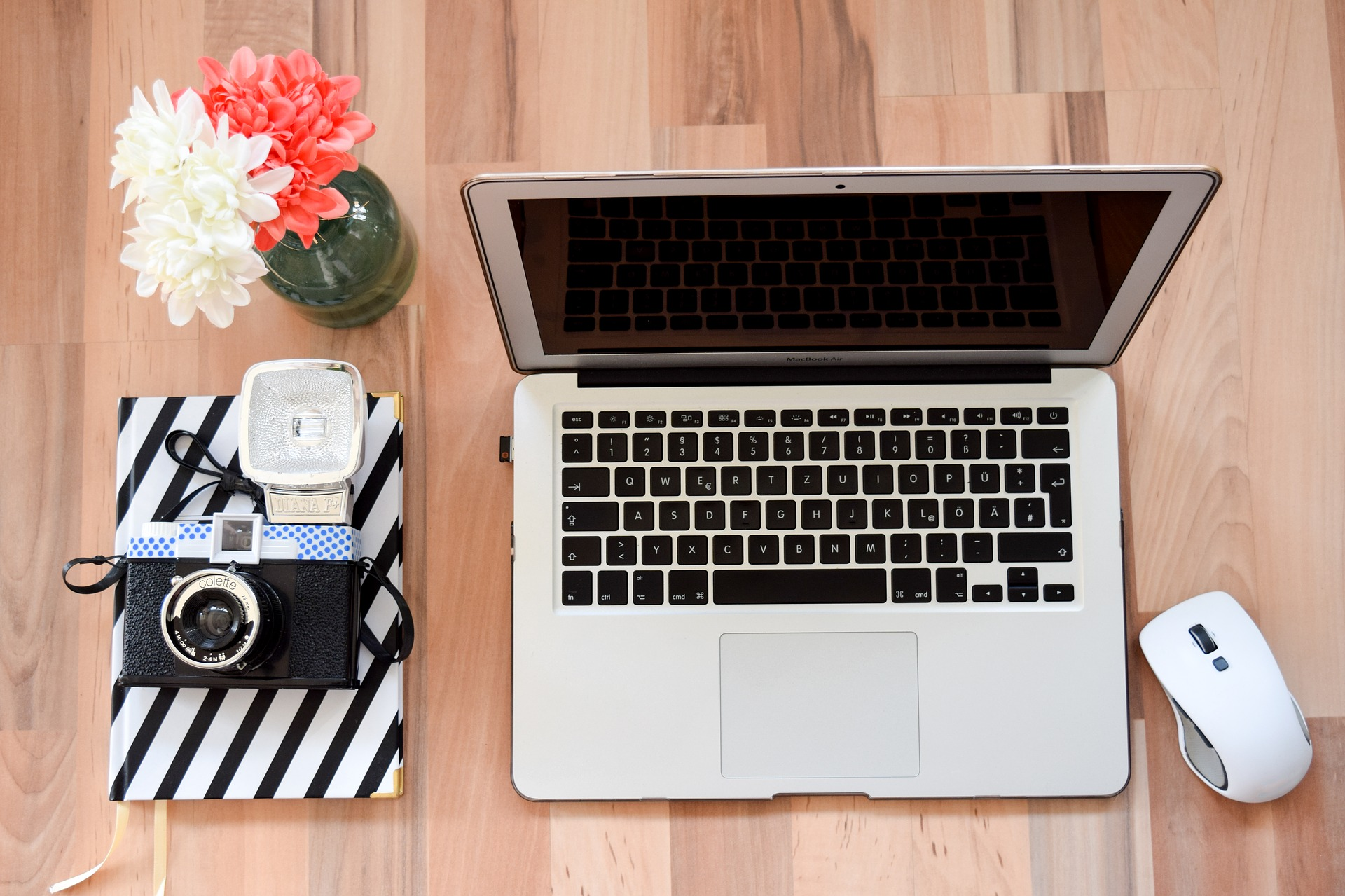 Get the lowdown on how to become a business seller on ebay and make money from home