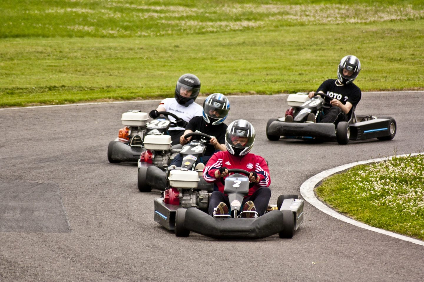 How to find reduced prices for go karting centres