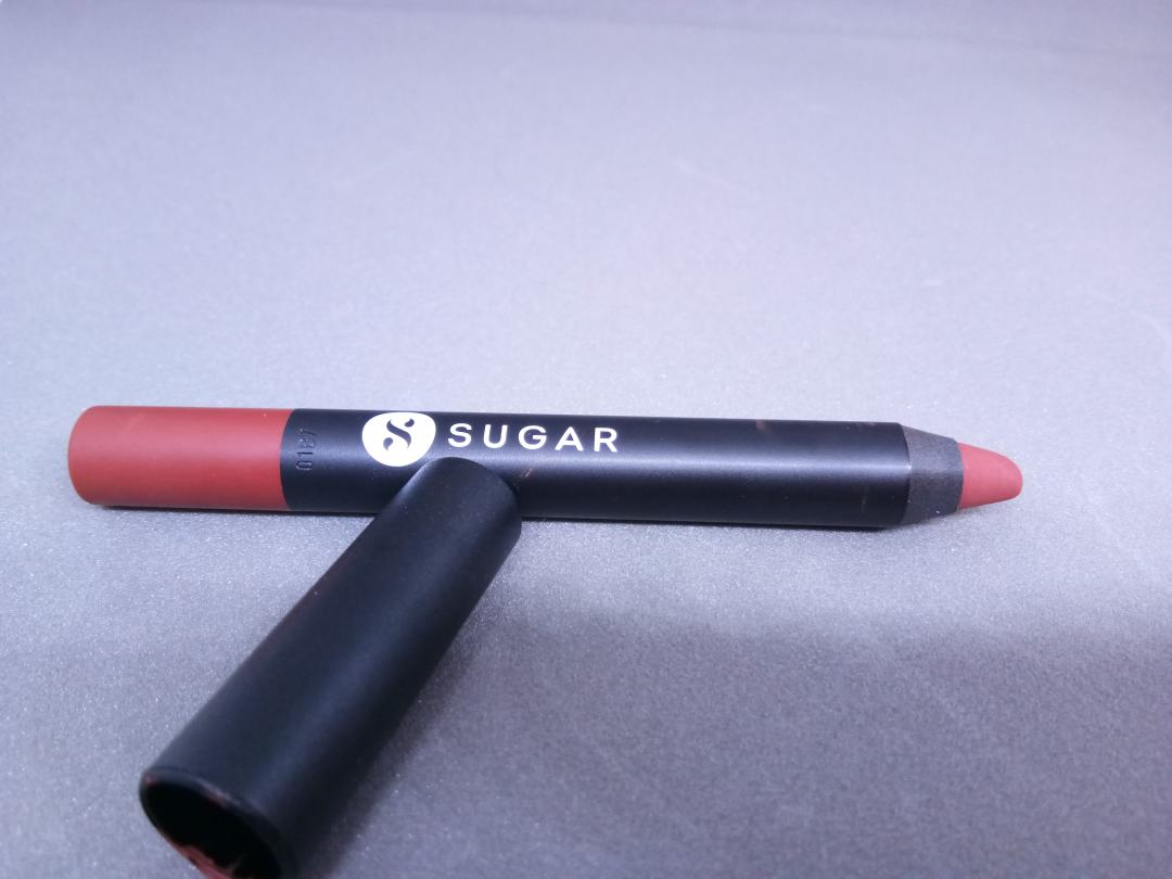 Sugar Cosmetics Matte As Hell Crayon: 08 Jackie Brown: Review