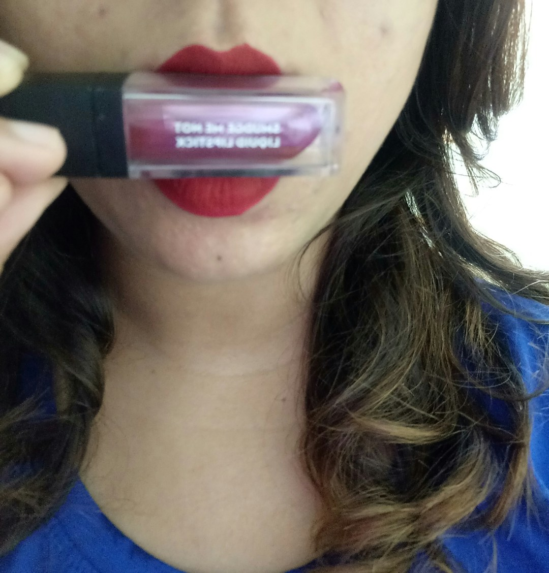 Sugar Cosmetics Smudge Me Not Liquid Lipstick 01 Brazen Raisin