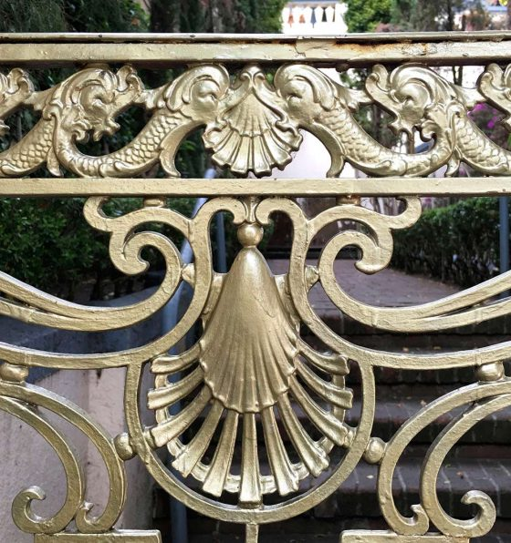 lombard fence detail