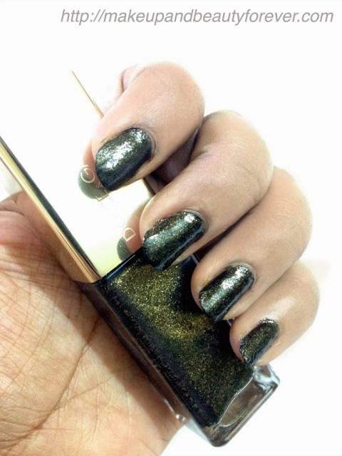 Dolce and Gabbana D&G nail