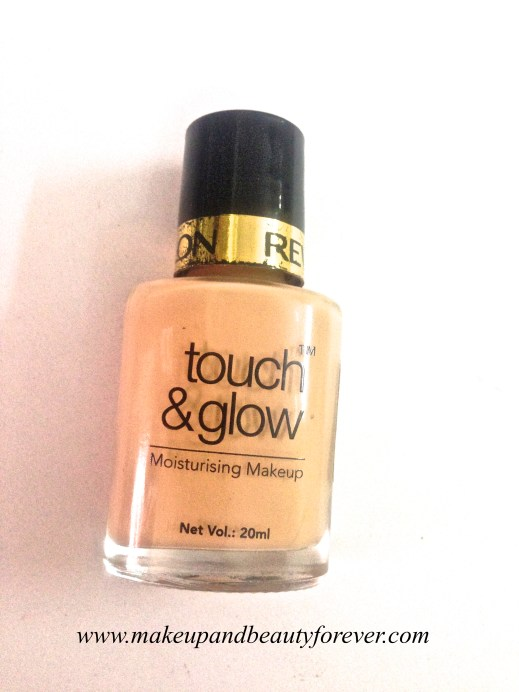 Revlon Touch and Glow Moisturising Makeup Foundation Review swatch 4