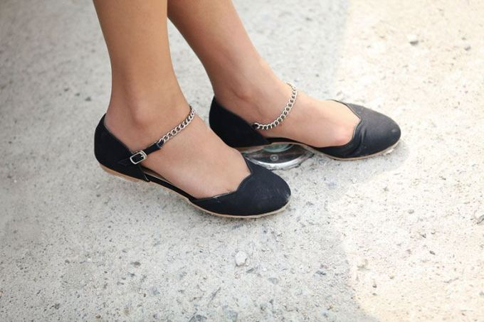 Stylish Elegant ballerinas ballet that add to your style India chain ankle strap