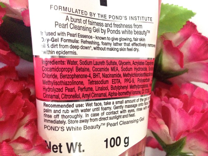 Ponds White Beauty Pearl Cleansing Gel Review 6
