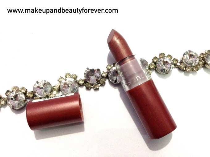 Essence cosmetics Lipstick Glamour Queen 31 Review swatch swatches price India