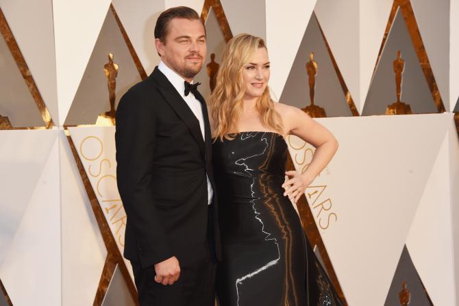 Leonardo Dicaprio Kate Winslet black dress together Oscars 2016