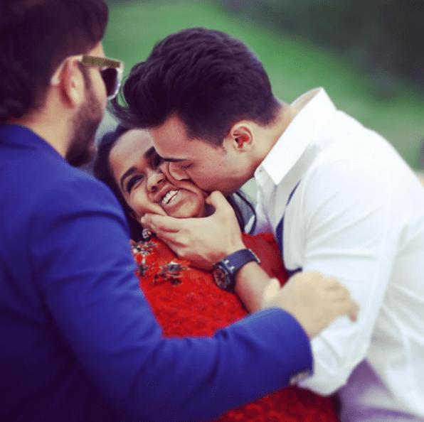 Aayush Sharma Kisses Arpita on her baby shower