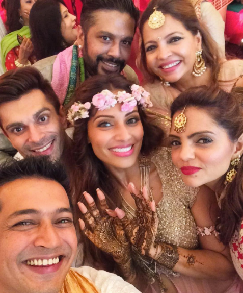 Bipasha Basu Karan Singh Grover Mehendi Ceremony Celebrities