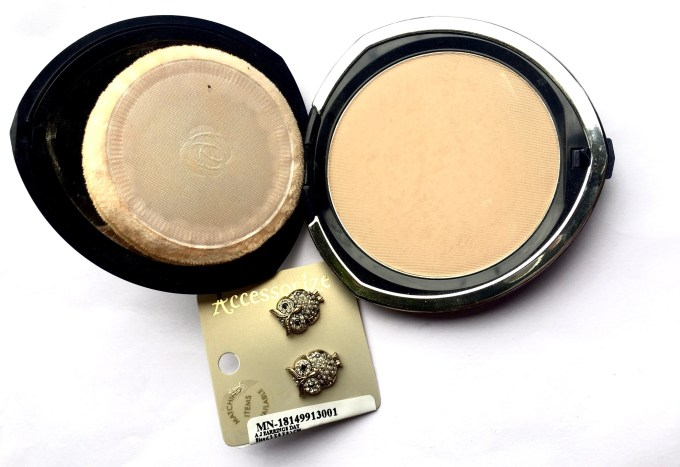 Chambor Silver Shadow Compact Powder Review Shades