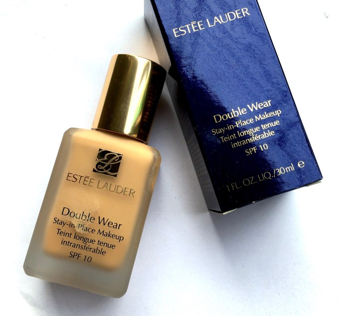 Estee Lauder Double Wear Stay-in-Place Makeup Foundation spf 10 Review Swatches