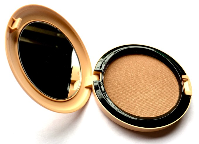 MAC Vibe Tribe Collection bronzer Refined Golden Review Swatches