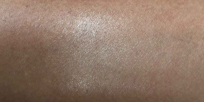 Faces Ultime Pro Illuminating Powder Highlighter Review Swatches Blended