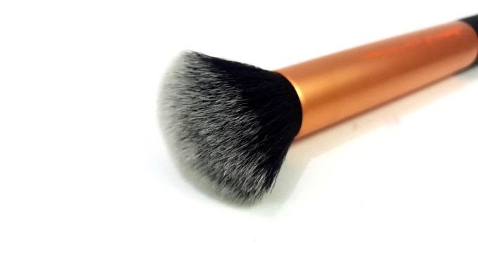 Real Techniques Buffing Brush Review mbf