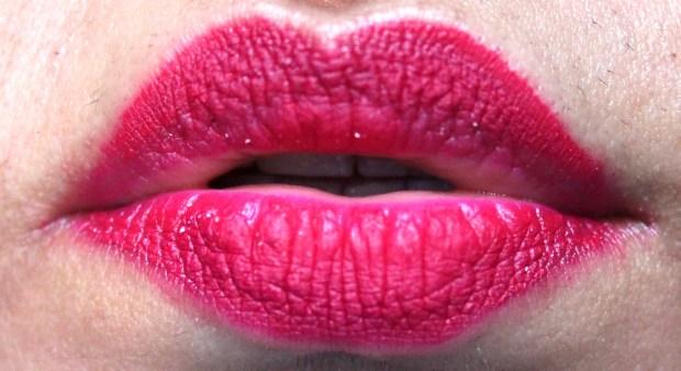 Jeffree Star Velour Liquid Lipstick Masochist Review Swatches 7 hours