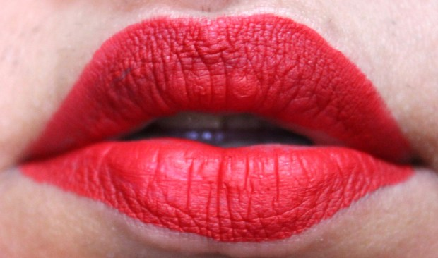 Smashbox Always On Matte Liquid Lipstick Bawse Red HD Review Swatches on Lips Photo