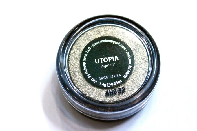 Makeup Geek Utopia Pigment Review, Swatches back
