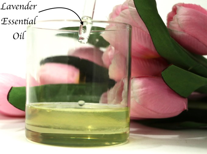 DIY Castor and Coconut Oil Deep Conditioning Mask For Hair Growth Mixing Lavender essential oil