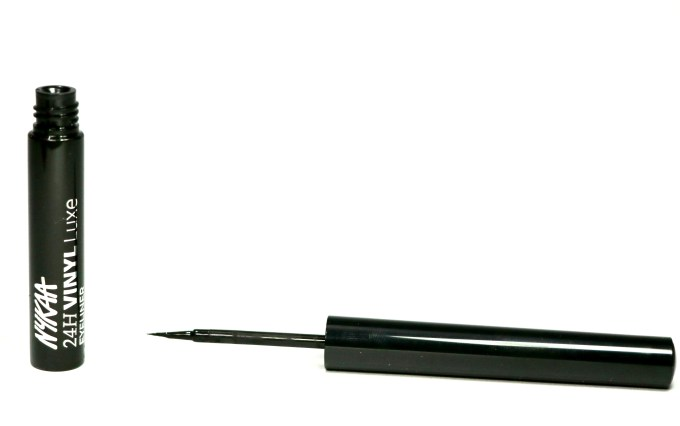 Nykaa 24Hrs Vinyl Luxe Eyeliner Black Granite Review, Swatches MBF Makeup Blog