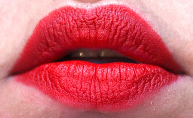 Too Faced La Matte Color Drenched Matte Lipstick Rebel Heart Review, Swatches Freshly Applied