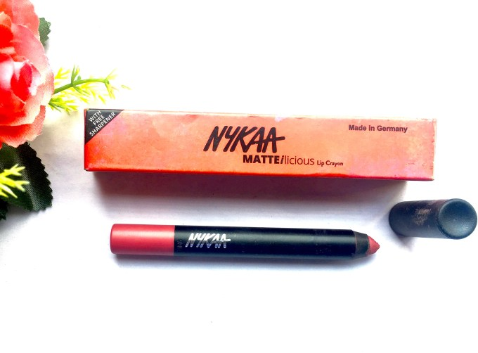 Nykaa Matteilicious Lip Crayon Pink On Fleek Review, Swatches MBF Blog