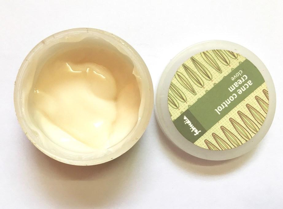 Fabindia Clove Acne Control Cream Review Open