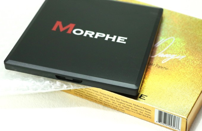 Morphe Deysi Danger Highlight Palette Review, Swatches packaging