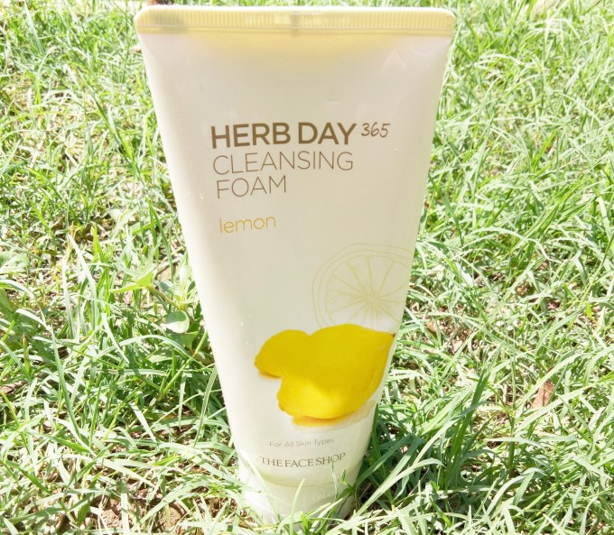 The Face Shop Herb Day 365 Cleansing Foam Lemon Review bright