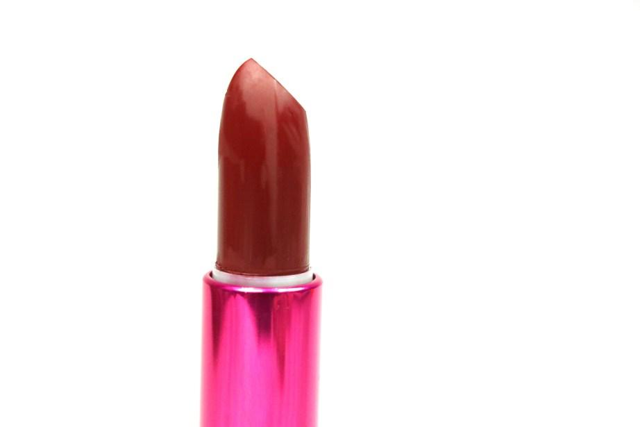 L'Oreal Paris Rouge Magique Lipstick Royal Velouté 909 Review, Swatches Top