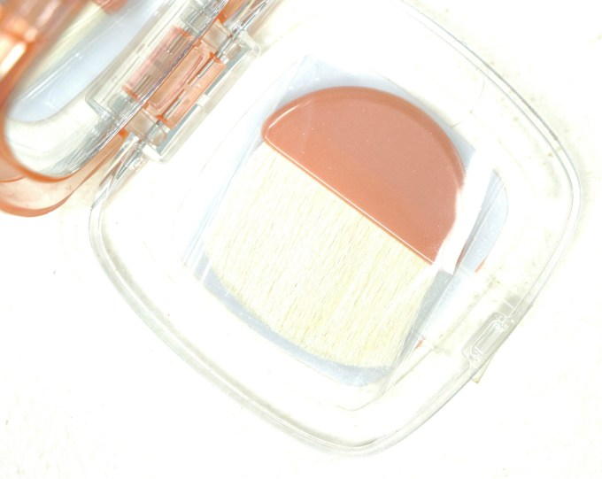 L'Oreal True Match Lumi Powder Glow Illuminator Blush & Highlight Review, Swatches Brush
